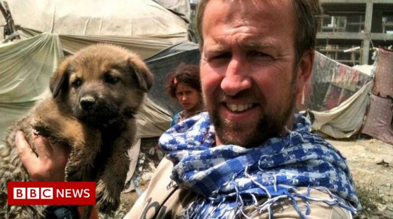 Afghanistan: Ex-marine in talks with UK over staff exit from Kabul