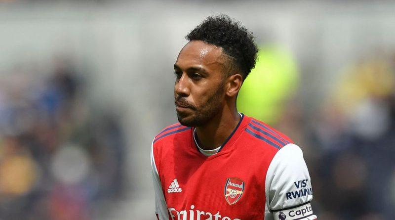 Arsenal given transfer option as Barcelona 'keen on Aubameyang swap deal'