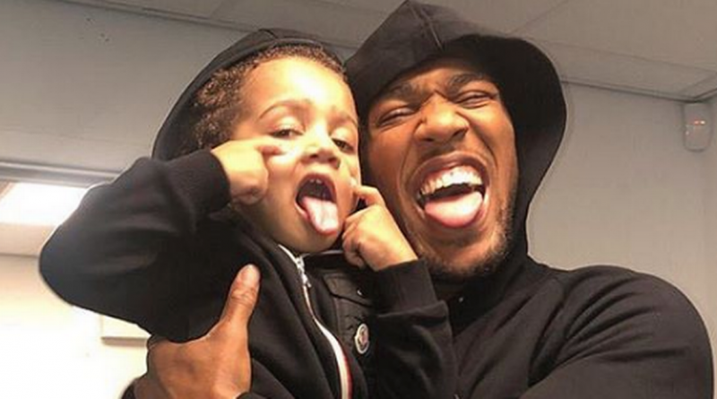 Anthony Joshua aiming to prove to his son that he's the daddy against Usyk
