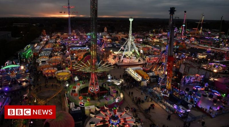 Covid: Funfair potential superspreader event, health boss warns