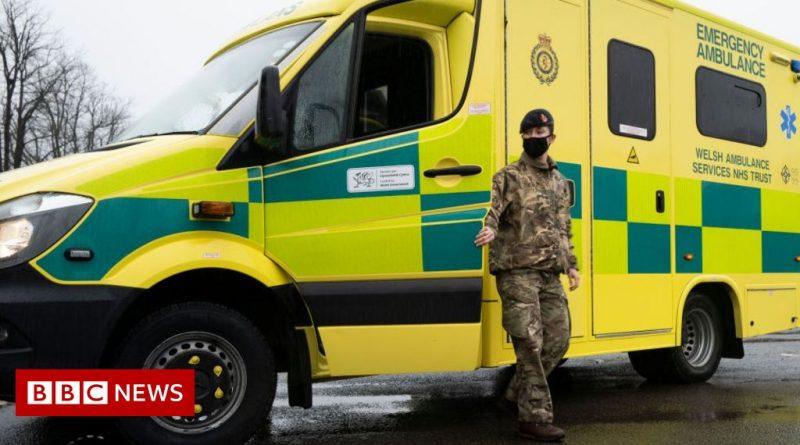 Covid: Morale on Wales' ambulances 'at rock bottom'