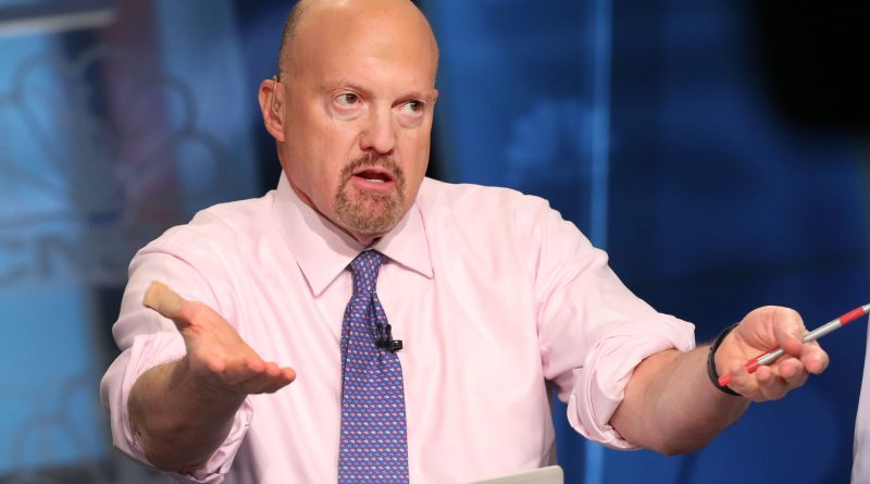 Cramer says he 'just got the buy signal from the president.' Here's why and when to buy
