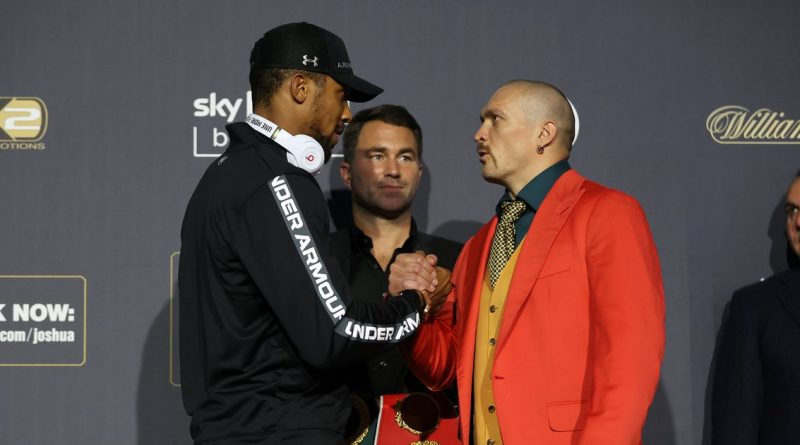 Oleksandr Usyk dresses as The Joker but Anthony Joshua vows to have last laugh