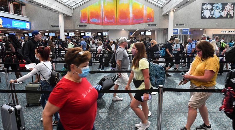 TSA airport screenings drop to lowest since May as travel and fares fall
