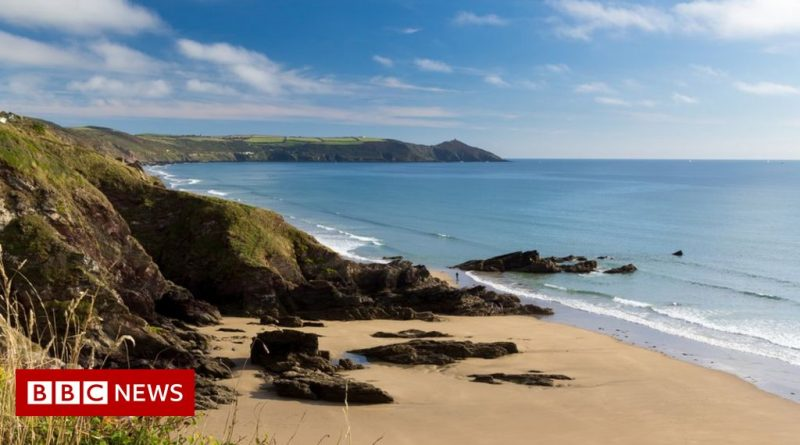 Two missing divers presumed dead off Cornwall coast