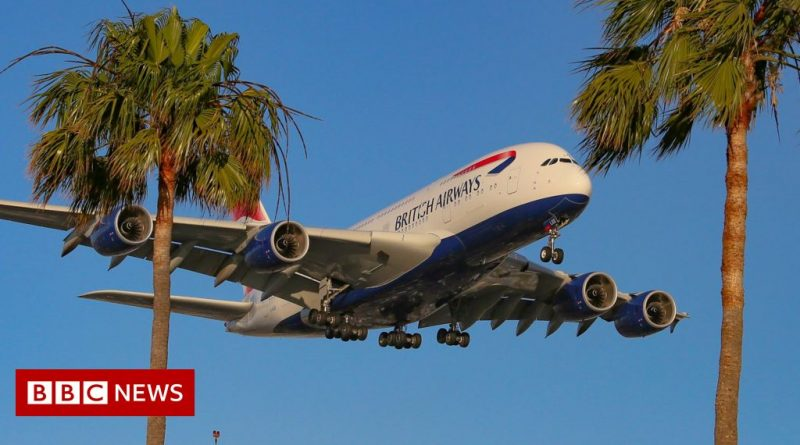 US opens up to fully vaccinated UK travellers