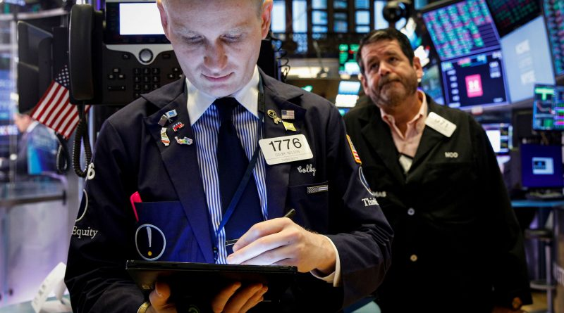 5 things to know before the stock market opens Friday