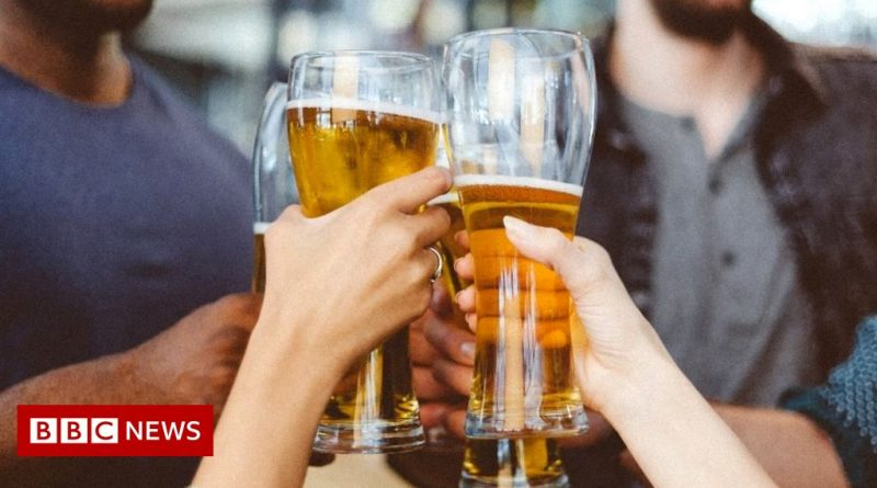 Licensing laws: Extended pub opening times come into effect in NI