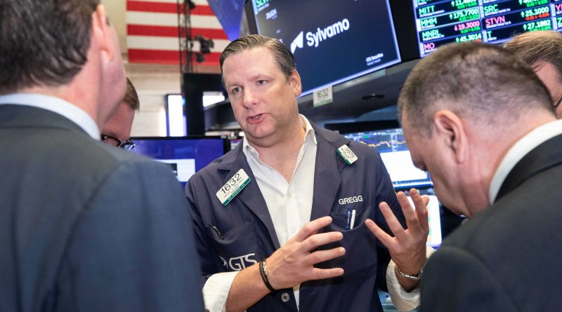 Stocks making the biggest moves midday: Merck, Moderna, United Airlines and more