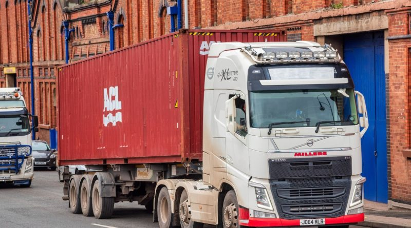 UK's biggest union 'holding Christmas hostage' after threatening LORRY strikes